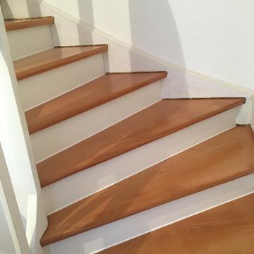 Nachher Treppe geschliffen+Handlauf und geölt/gewachst
